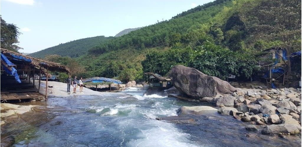 Elephant Rock Hoi Van Pass