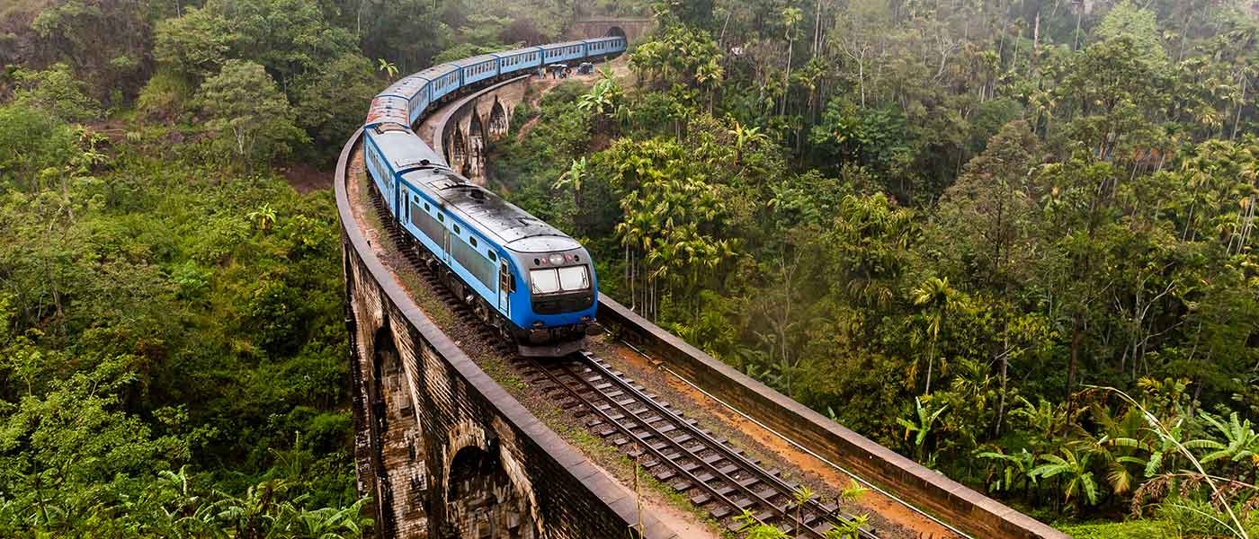 Train in Ella, Sri Lanka Nine Arch Bridge