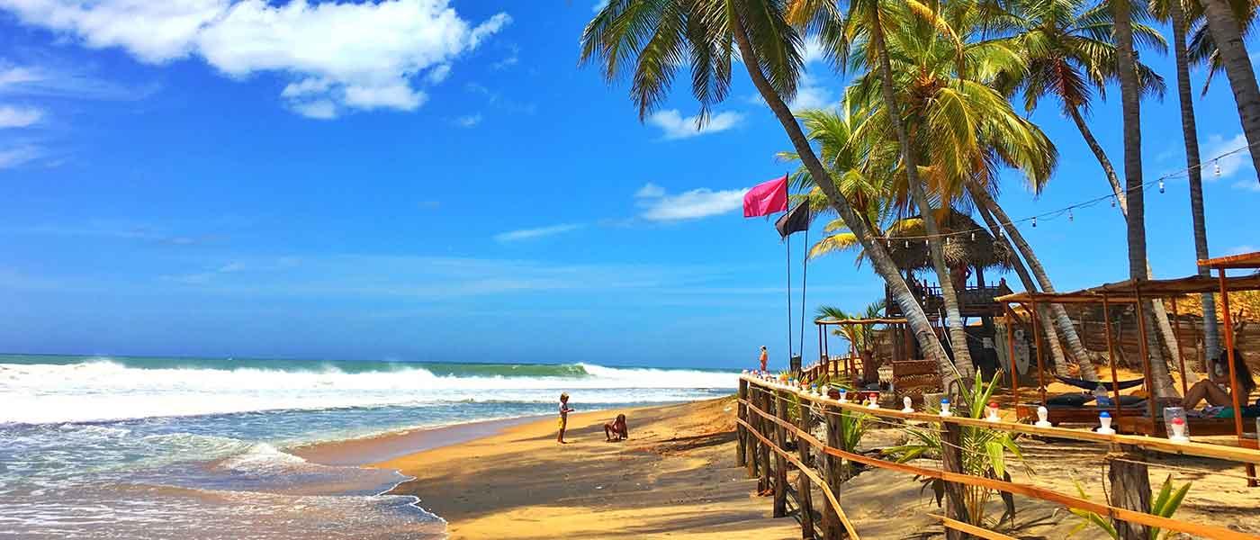 Argugam Bay Beach Sri Lanka