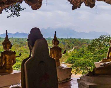 Hpa-An buddha statues