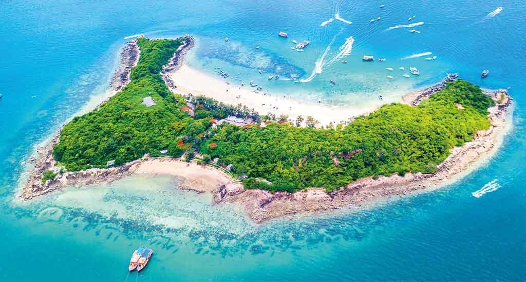 Koh Larn or Coral Island in Pattaya