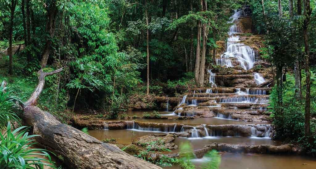 Phra Chareon Waterfall at Mae Sot