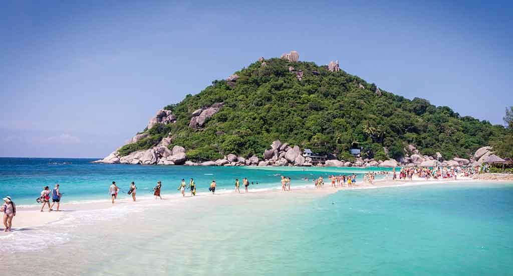 Small Island of Koh Nang Yuan on Koh Tao