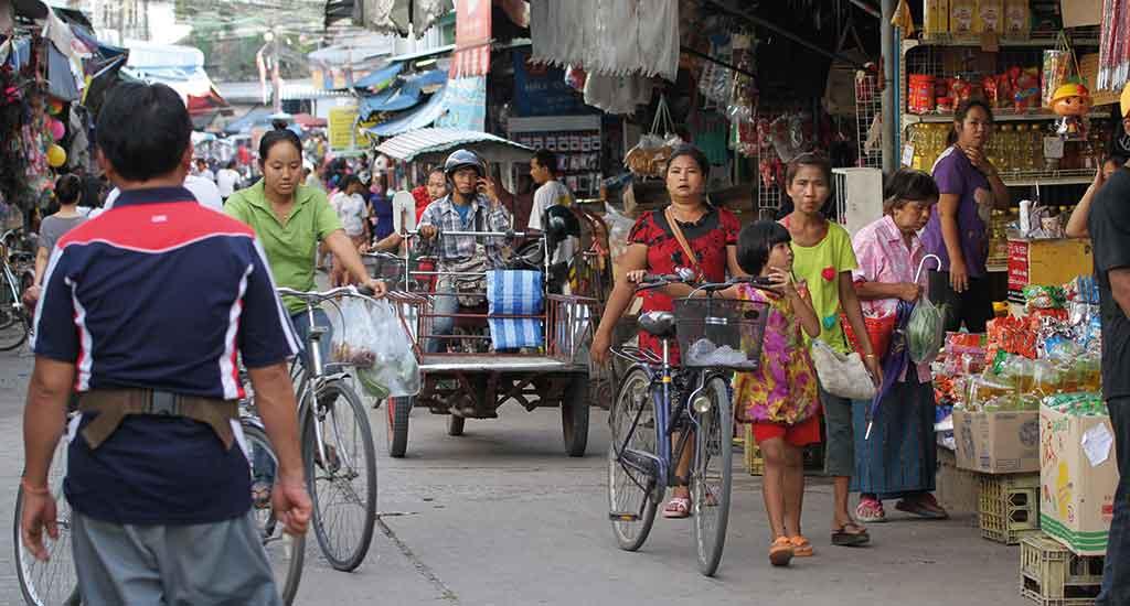 Fresh food market Mae Sot