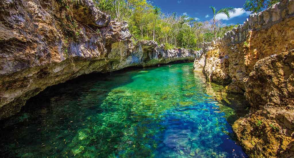 Cenote Tortuga in Tulum Mexico